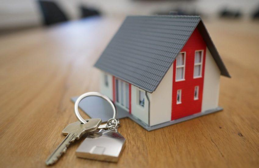 Petite maison et clés